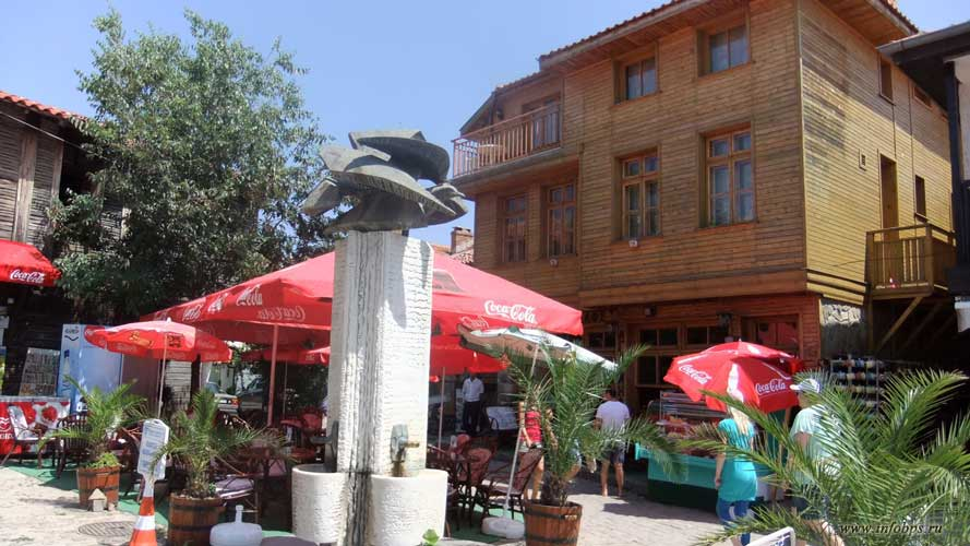 Улицы городков Болгарии