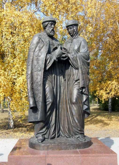 Скульптурная композиция «Святые благоверные Пётр и Феврония Муромские» в г.Иркутск