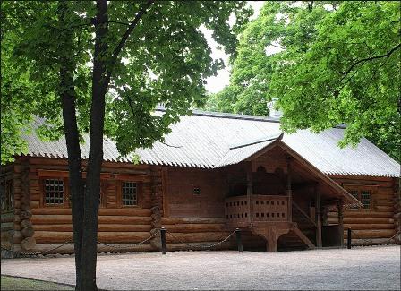 Фото Домик Петра в Коломенском
