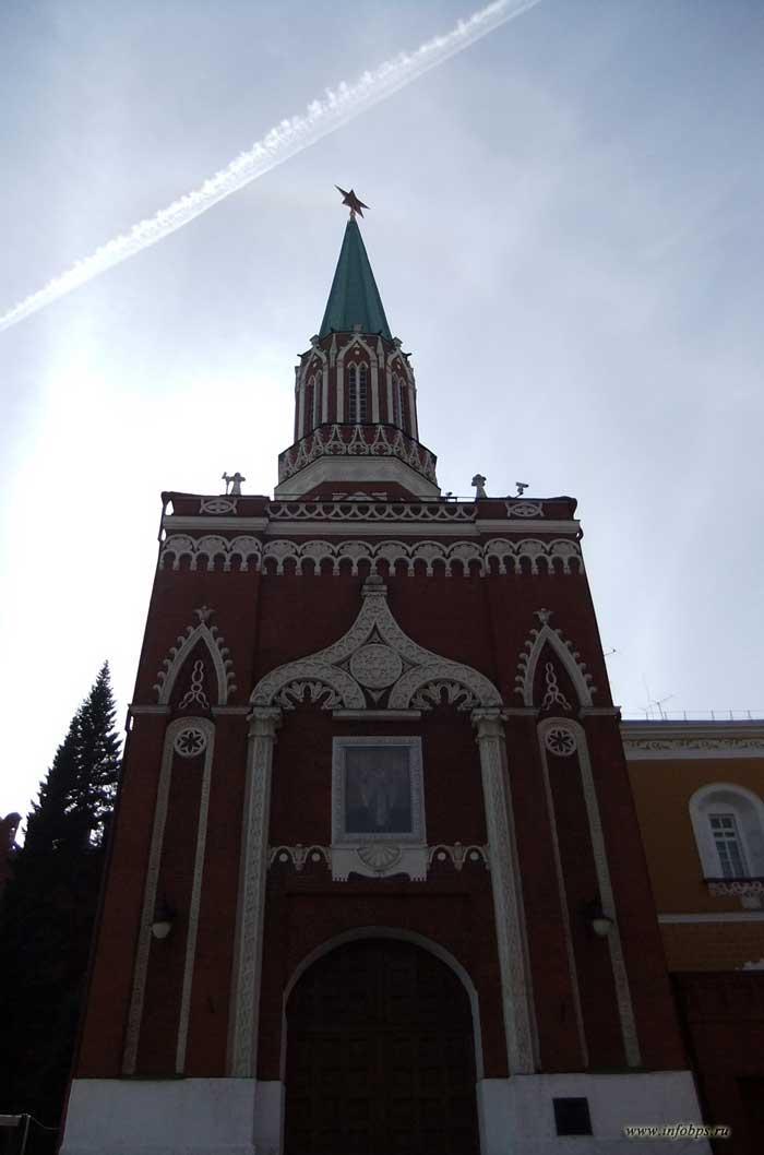 Москва. Спасская башня.