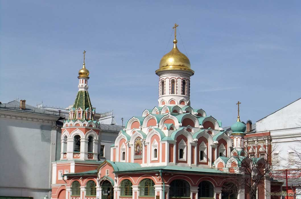 Москва. Церковь Троицы