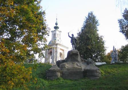 Памятник Дорохову ИС