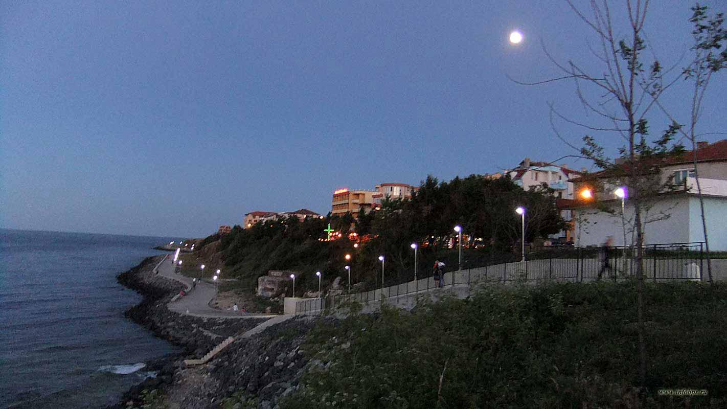 Курорты Болгарии. г.Приморско набережная