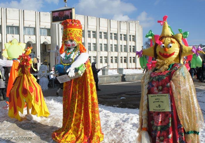 Выставка кукол масленицы 2013 в Ярославле.